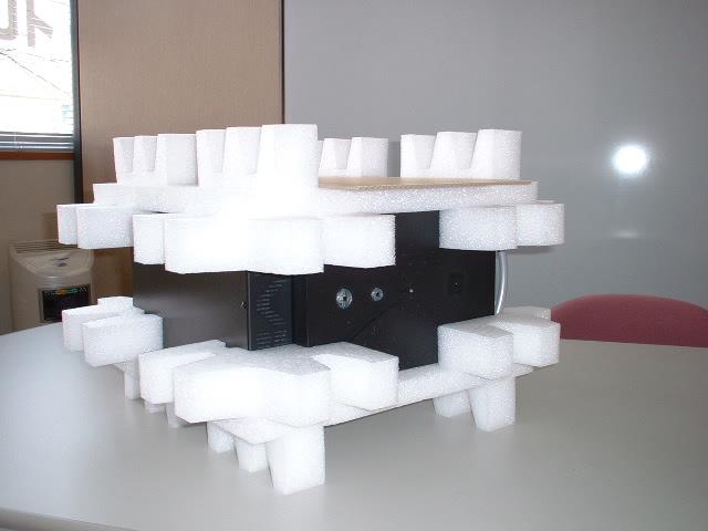 「光学ユニット製品用 梱包事例」の画像