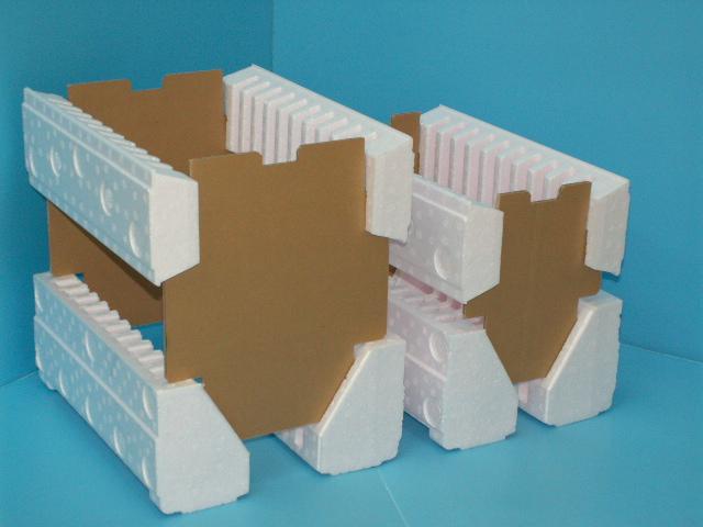 「サイズの異なるモジュールのサポーター資材」の画像