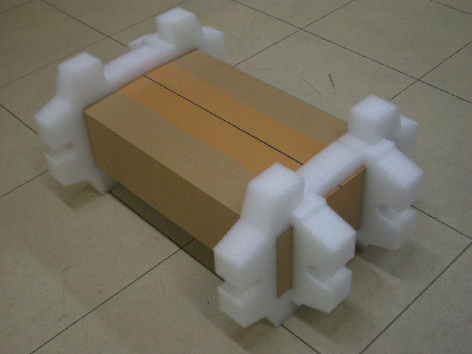 「サーバー梱包材」の画像